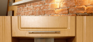 Шумоизоляция вытяжки на кухне, какие могут быть причины шума и как сделать тише
